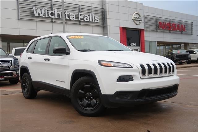 2017 Jeep Cherokee Sport [9]
