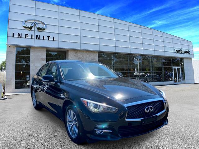 2017 INFINITI Q50 2.0t AWD [2]