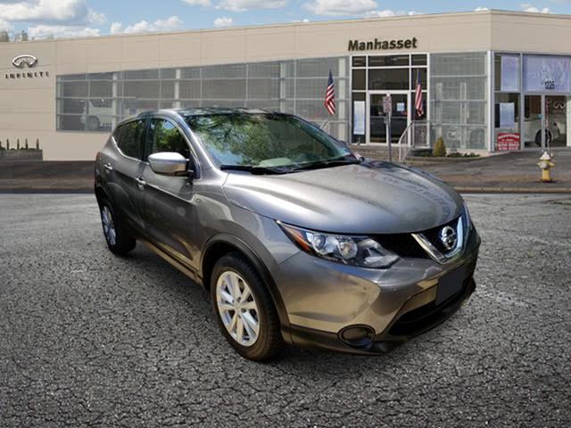 2017 Nissan Rogue Sport S [4]