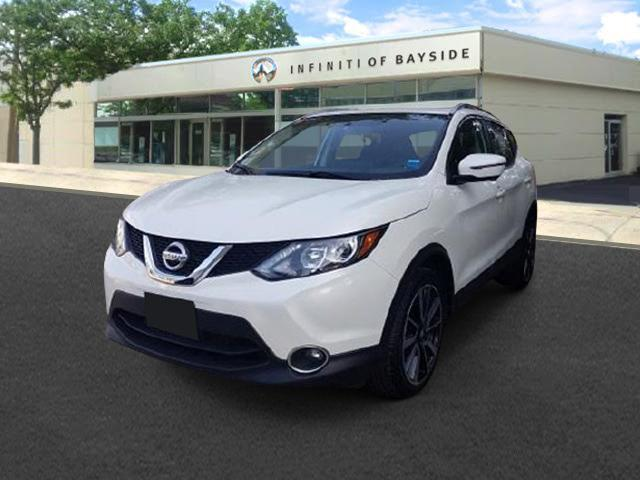 2017 Nissan Rogue Sport SV [3]
