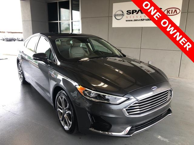 2019 Ford Fusion SEL [3]