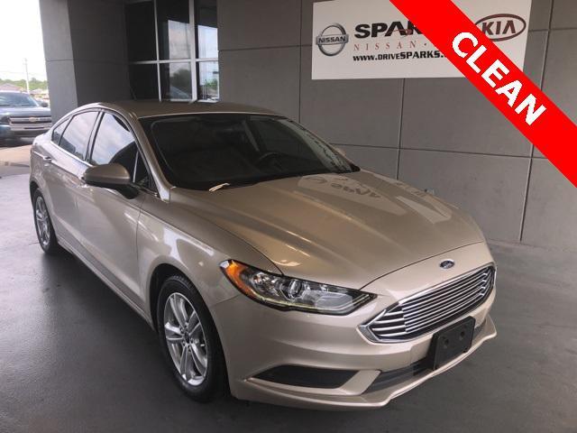 2018 Ford Fusion SE [15]