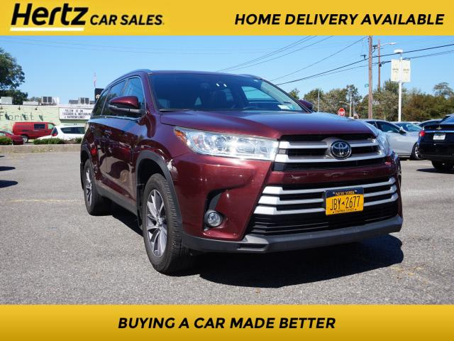 2019 Toyota Highlander XLE for sale in Massapequa, NY