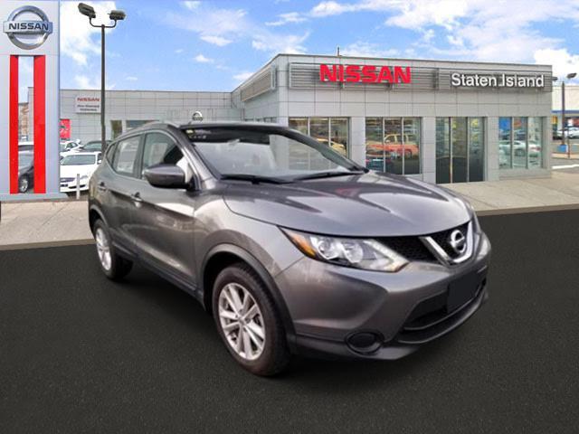 2017 Nissan Rogue Sport SV [2]