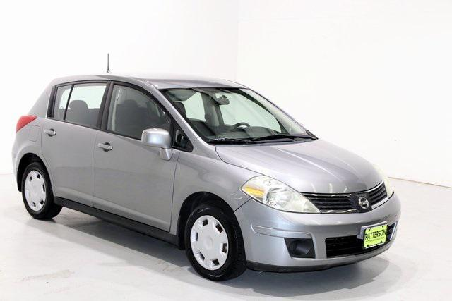2008 Nissan Versa 1.8 S [5]