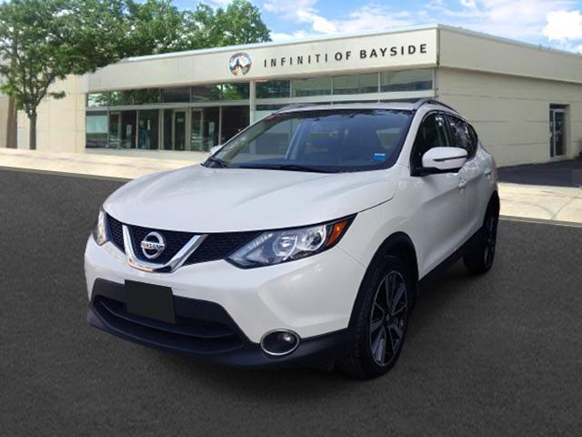 2017 Nissan Rogue Sport SL [1]