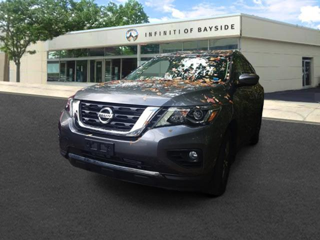 2017 Nissan Pathfinder SV [2]