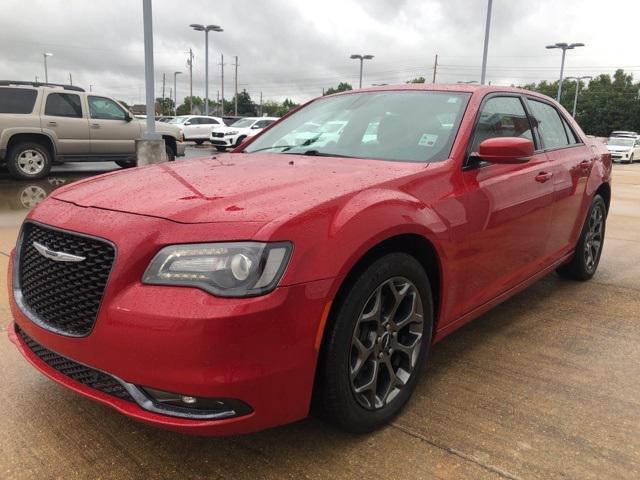 2017 Chrysler 300 300S [15]