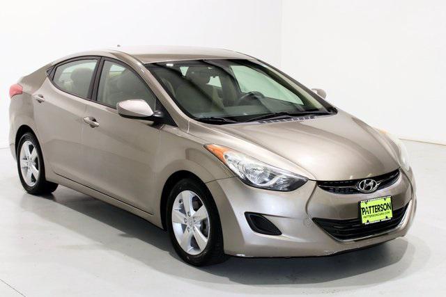 2013 Hyundai Elantra GLS PZEV [1]