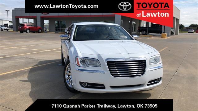 2012 Chrysler 300 Limited [8]