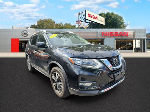 2019 Nissan Rogue AWD SV [1]