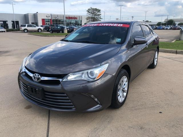 2016 Toyota Camry LE [19]
