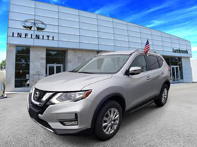 2017 Nissan Rogue SV [14]