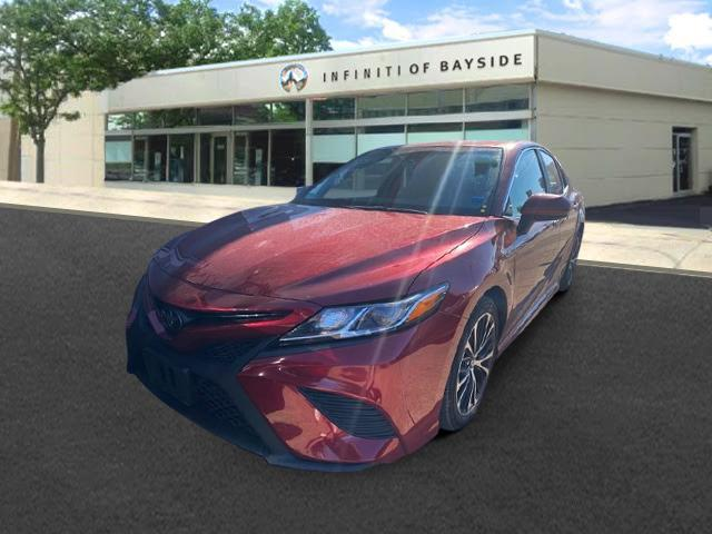2018 Toyota Camry SE [4]