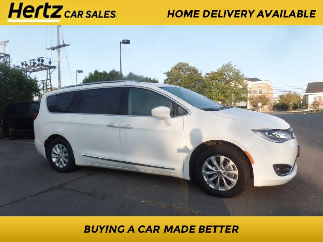 2019 Chrysler Pacifica Touring L for sale in Leesburg, VA