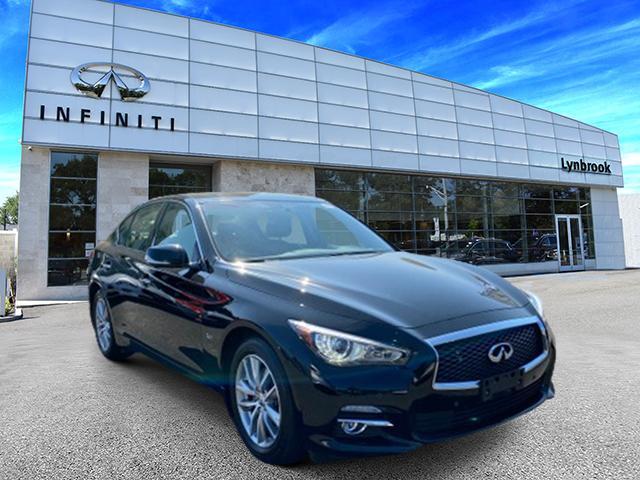 2017 INFINITI Q50 3.0t Premium AWD [13]