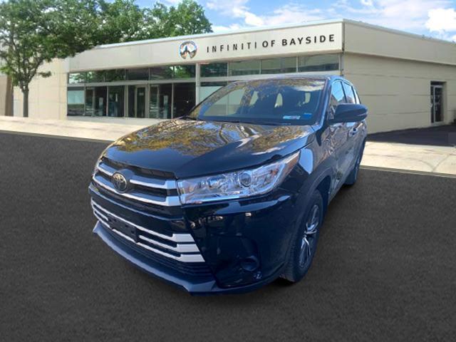 2019 Toyota Highlander LE [2]
