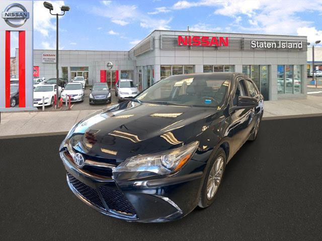 2016 Toyota Camry SE [0]