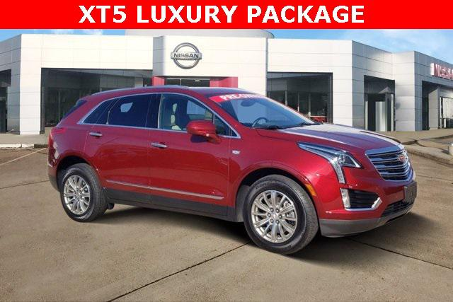 2017 Cadillac Xt5 Luxury AWD [2]
