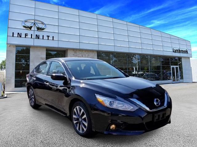 2017 Nissan Altima 2.5 SV [3]