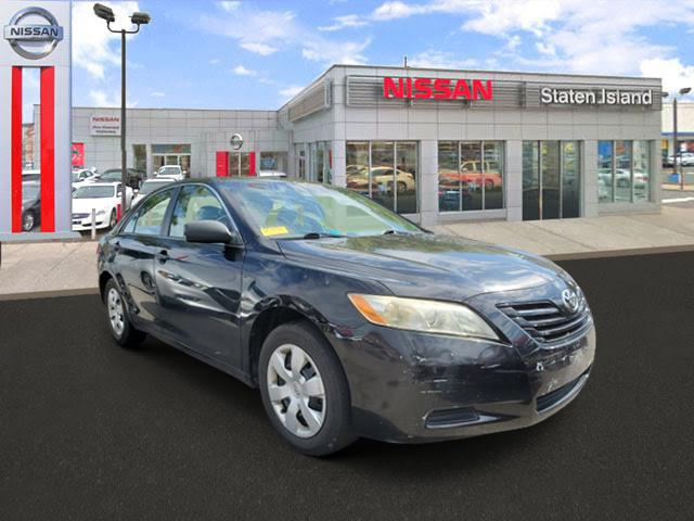 2009 Toyota Camry LE [1]