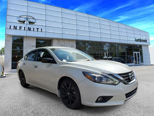 2017 Nissan Altima 2.5 SR [22]