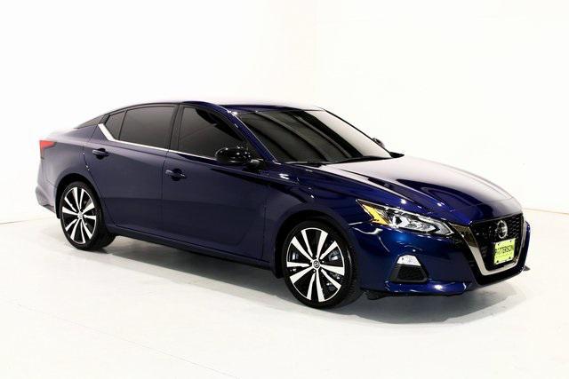 2020 Nissan Altima 2.5 SR [2]