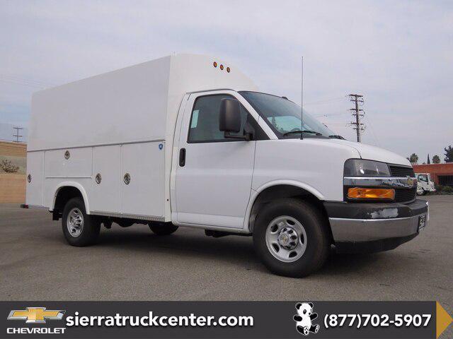 2020 Chevrolet Express Commercial Cutaway Van 139″ [9]