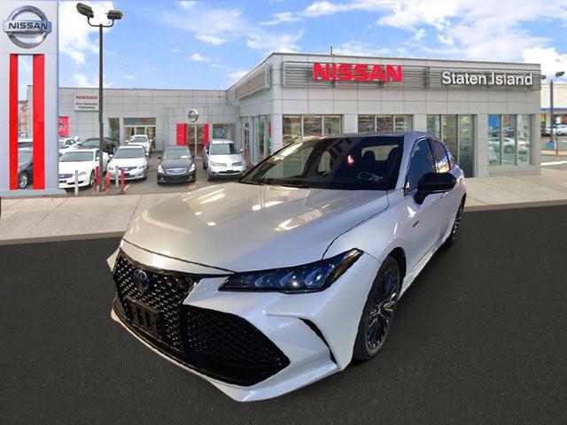2019 Toyota Avalon Hybrid XSE [9]