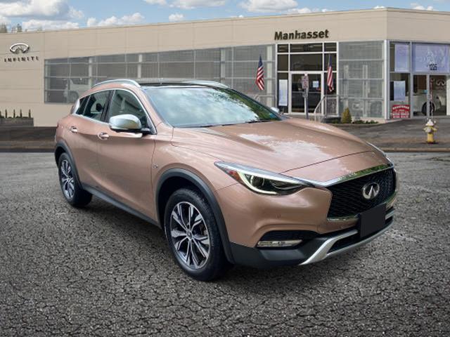 2018 INFINITI QX30 Luxury AWD [15]
