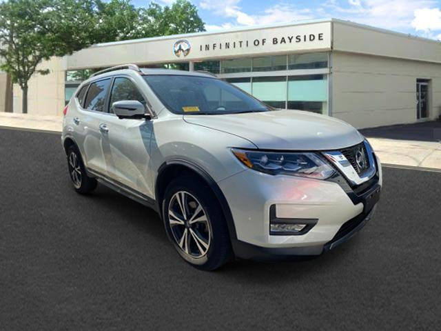 2017 Nissan Rogue SL [4]