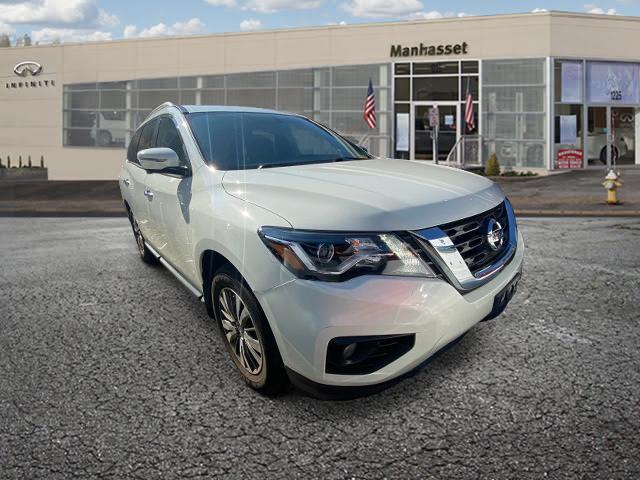 2017 Nissan Pathfinder SL [6]