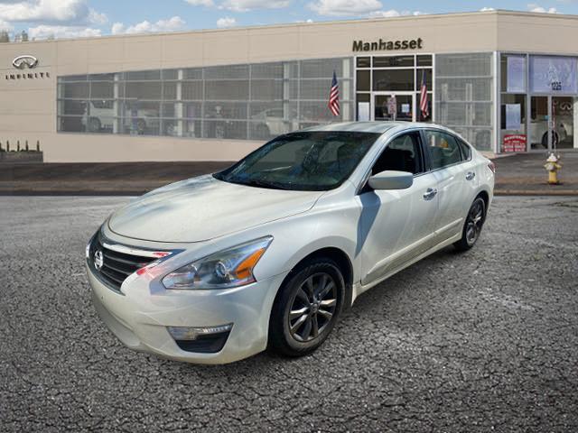 2015 Nissan Altima 2.5 S [1]