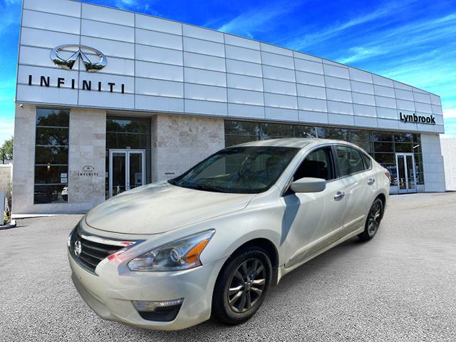 2015 Nissan Altima 2.5 S [7]