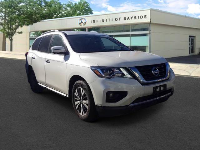 2017 Nissan Pathfinder SL [3]