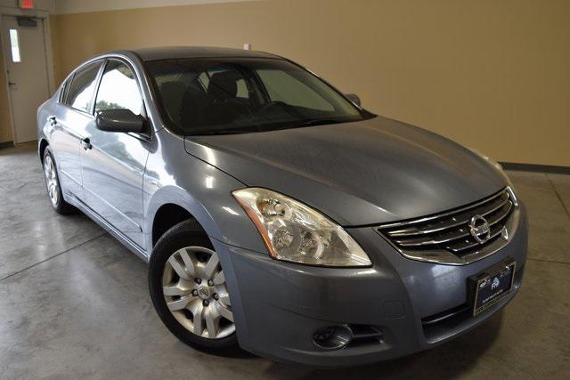 2010 Nissan Altima 2.5 S [1]