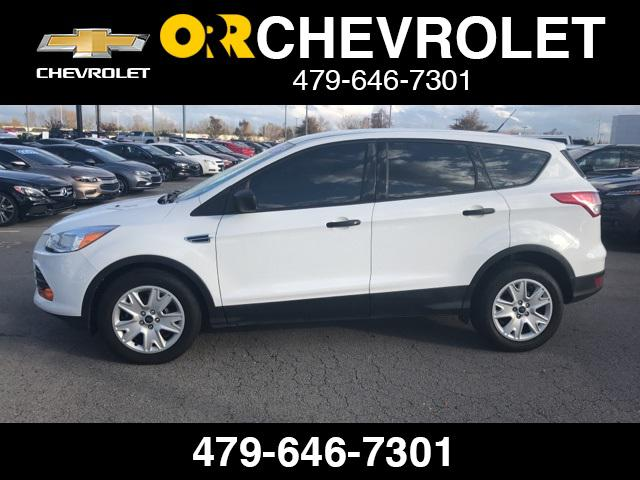 2015 Ford Escape S [3]