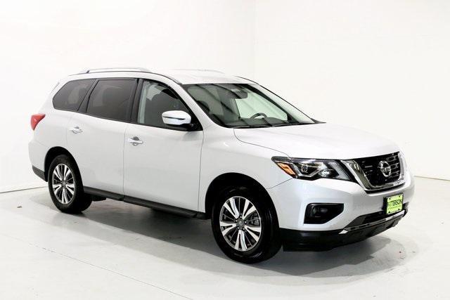2019 Nissan Pathfinder SV [9]