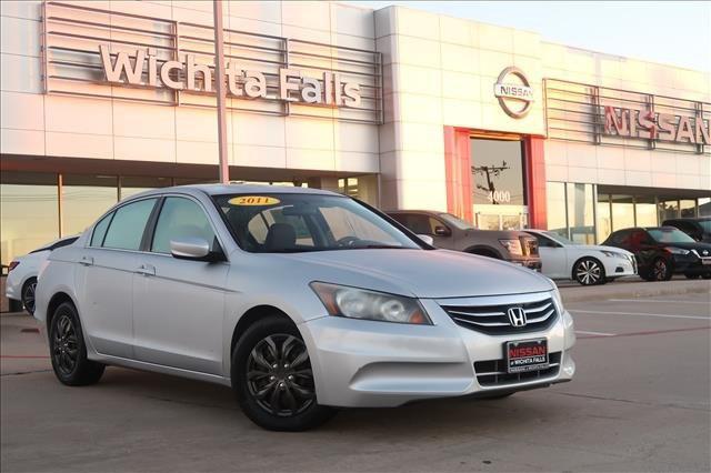 2011 Honda Accord Sdn LX [2]