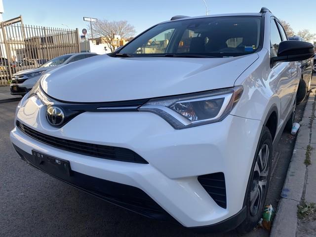 2018 Toyota Rav4 LE [18]