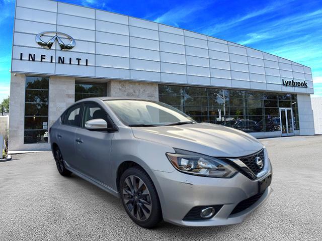 2016 Nissan Sentra SR [2]