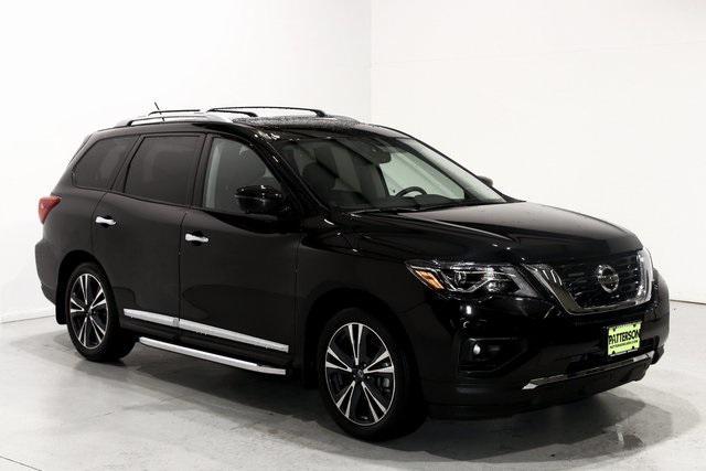 2018 Nissan Pathfinder Platinum [2]
