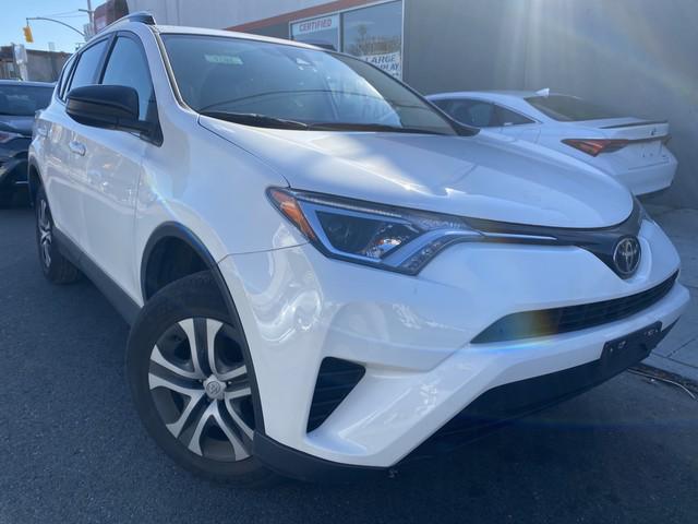 2018 Toyota Rav4 LE [4]