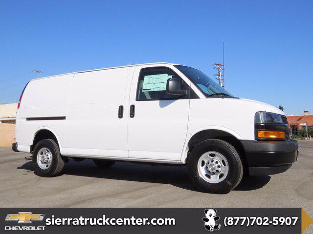 2020 Chevrolet Express Cargo Van RWD 2500 135″ [5]
