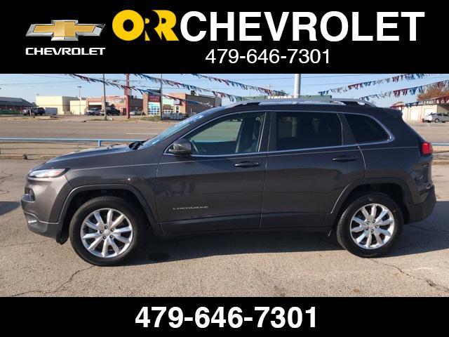 2017 Jeep Cherokee Limited [14]