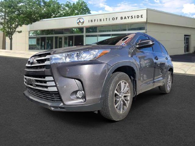 2017 Toyota Highlander XLE [4]