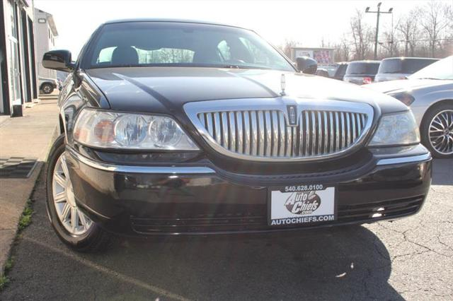 2009 Lincoln Town Car Signature Limited for sale in Fredericksburg, VA
