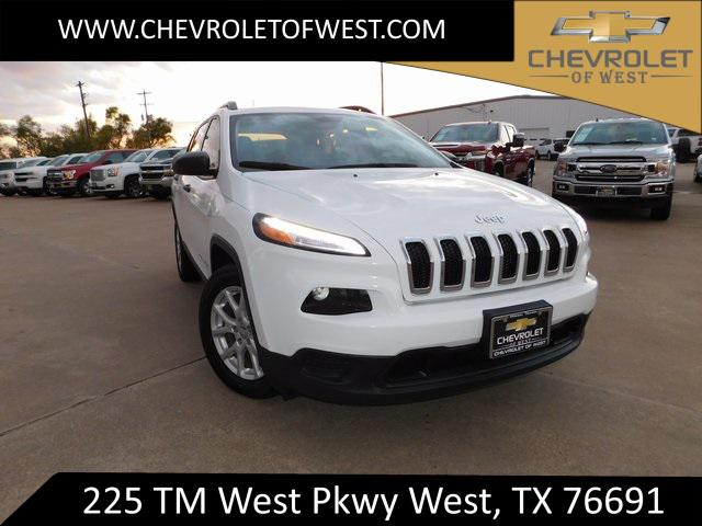 2017 Jeep Cherokee Sport [3]