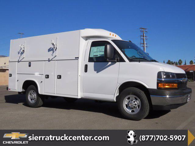 """2020 Chevrolet Express Commercial Cutaway Van 139"""" [3]"""