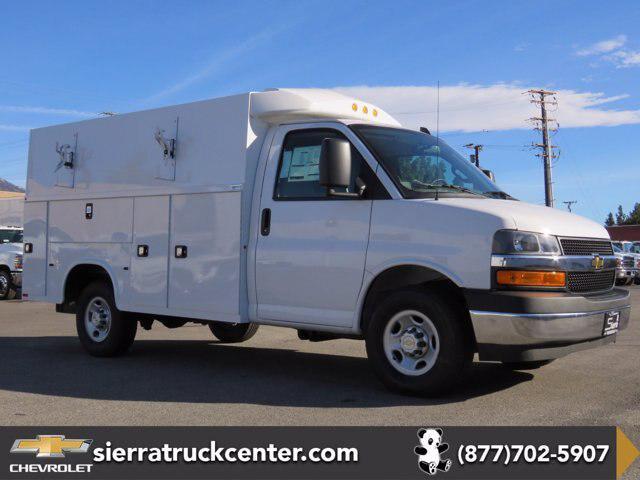 """2020 Chevrolet Express Commercial Cutaway Van 139"""" [4]"""